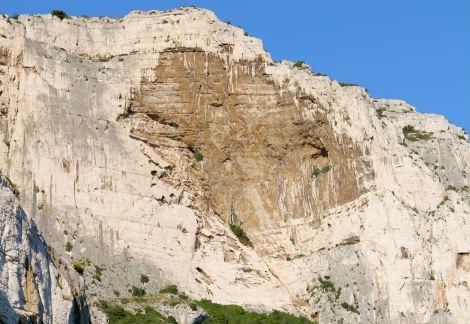 La Concave au Val Vierge, dans laquelle passe Au delà de la verticale