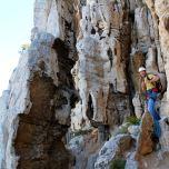 Le calcaire urgonien prend des formes très particulières dans les Calanques, pour le plaisir des yeux... et des grimpeurs